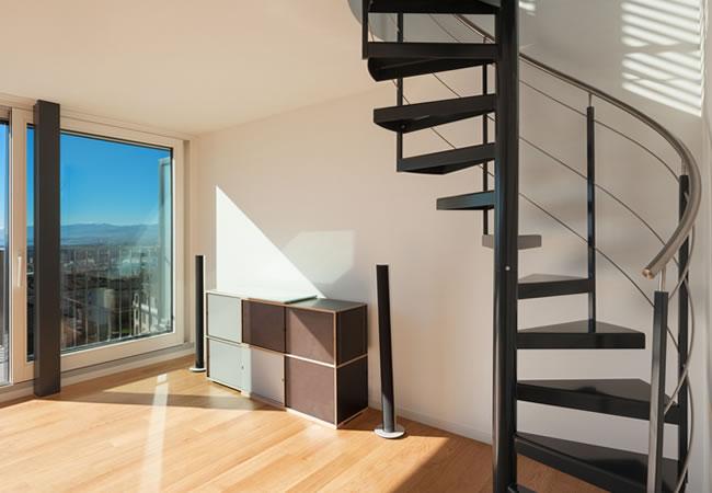 Weinig plaats weinig ruimte ontdek plaatsbesparende trappen